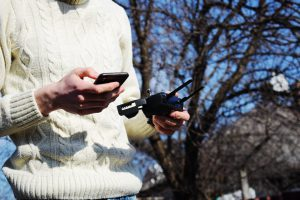 Ferngesteuertes Auto über Smartphone steuern